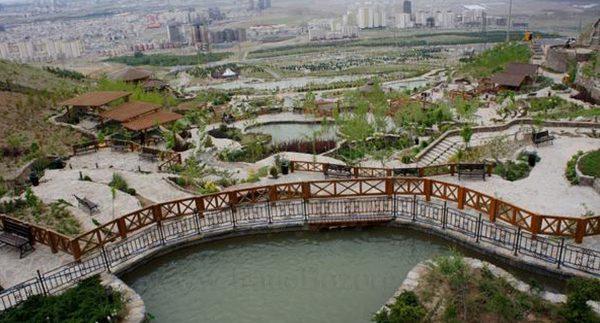 پارک آبشار مصنوعی تهران